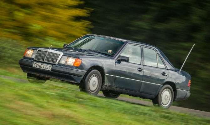 Mercedes antigo custa R$ 190 mil para rodar 1 milhão de quilômetros