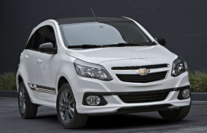 Chevrolet lança Agile reestilizado