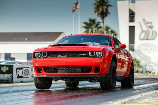 Dodge Challenger SRT Demon tem 843 cv