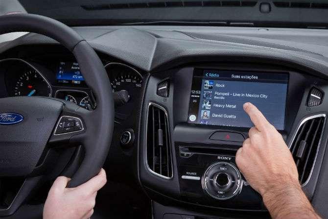 Ford lança Focus 2017 com SYNC 3
