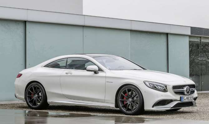 Mercedes mostra Classe S Coupe AMG