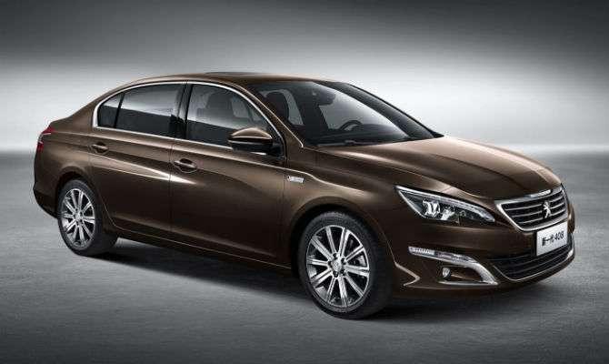 Peugeot mostra novo 408 em Pequim