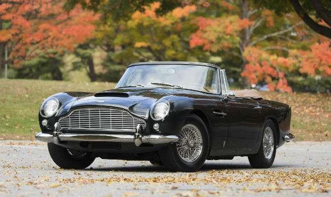 Aston Martin é leiloado por mais de R$ 6 mi