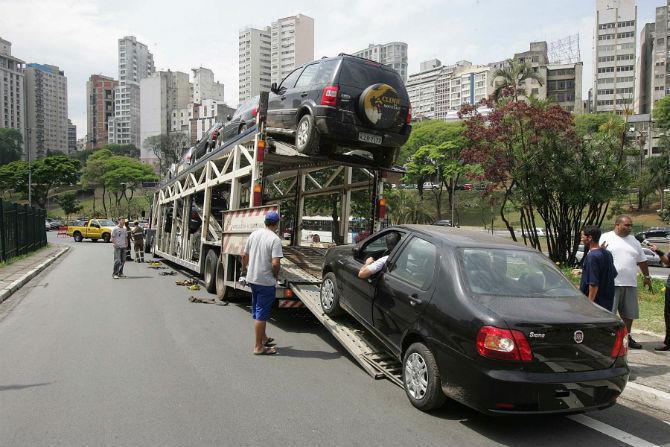 Quando o carro zero-km vem batido...