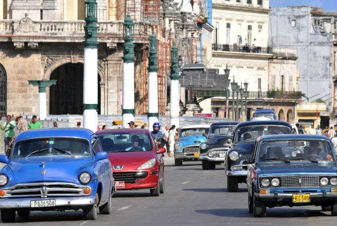 Cuba reabre importação de carros