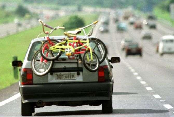 Evite multas ao carregar bikes e pranchas