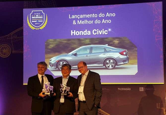 Representante da Honda recebe os dois prêmios principais, ambos para o Honda Civic