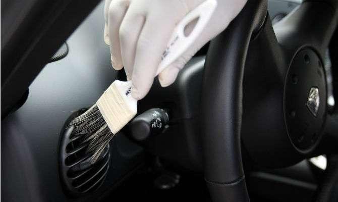 Pesquisa conduzida por empresa de manutenção mostra que homem cuida mais do carro que a mulher