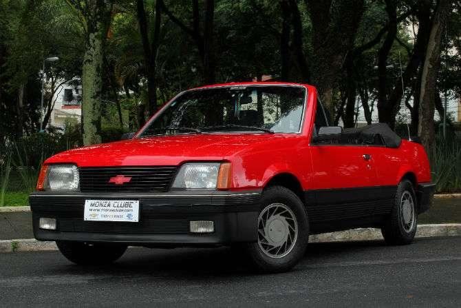 Raro Monza conversível é paixão de fã do Chevrolet