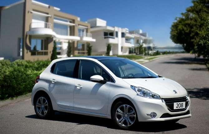 Peugeot quer fugir do carro popular no Brasil