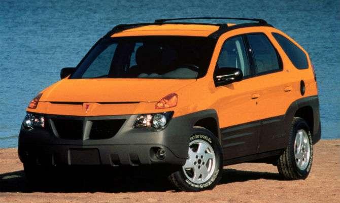 Na sexta 13, veja carros mais feios do mundo