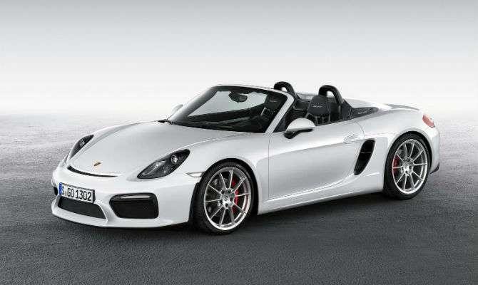 Porsche exibe novo Boxster Spyder em NY