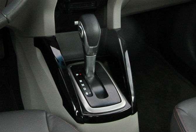 Apenas defeitos com origem no módulo da transmissão terão reparo grátis, diz Ford