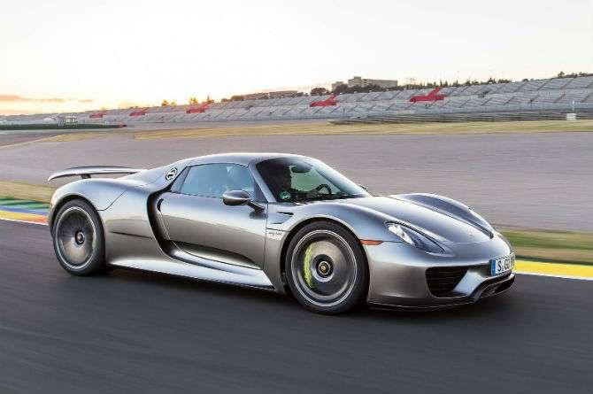 Porsche 918 Spyder passa por terceiro recall