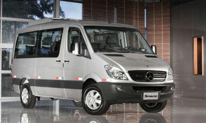 Mercedes lança van Sprinter de 10 lugares