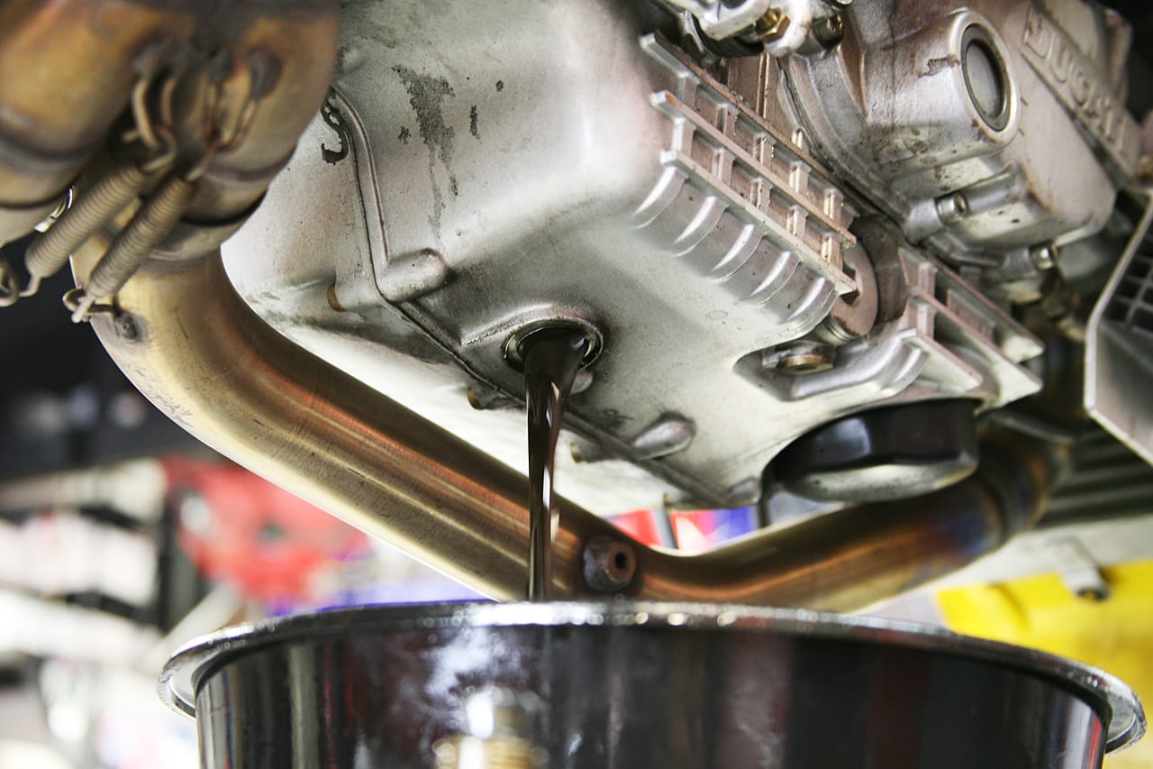carro usado troca de óleo