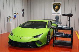 Sala de teste de som da Lamborghini