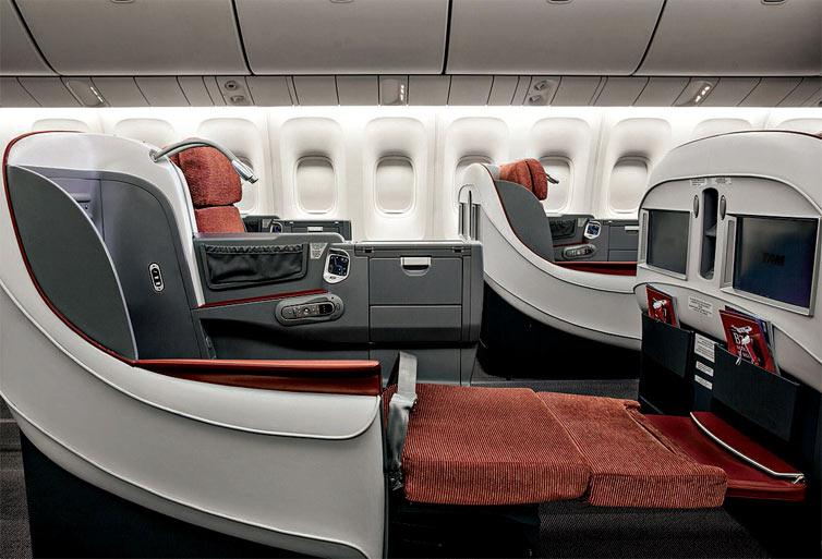 classe executiva da Latam no Boeing 767-300