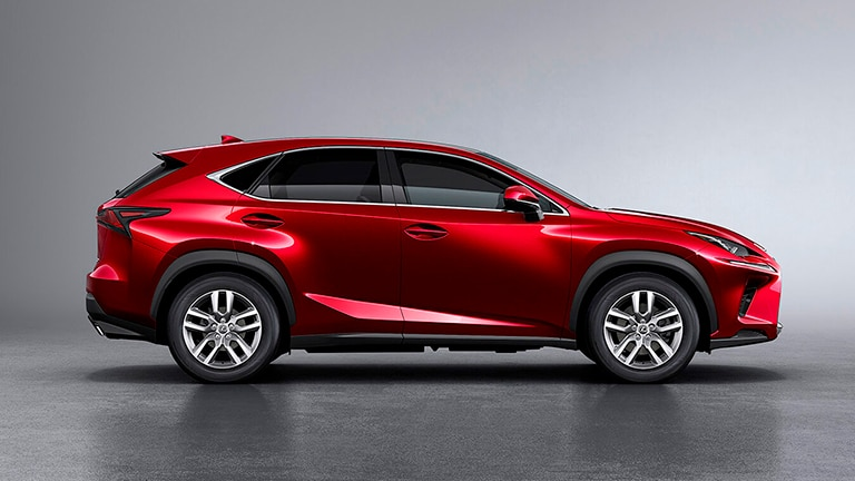 Lexus NX300 2.0 Turbo Dynamic Auto 1