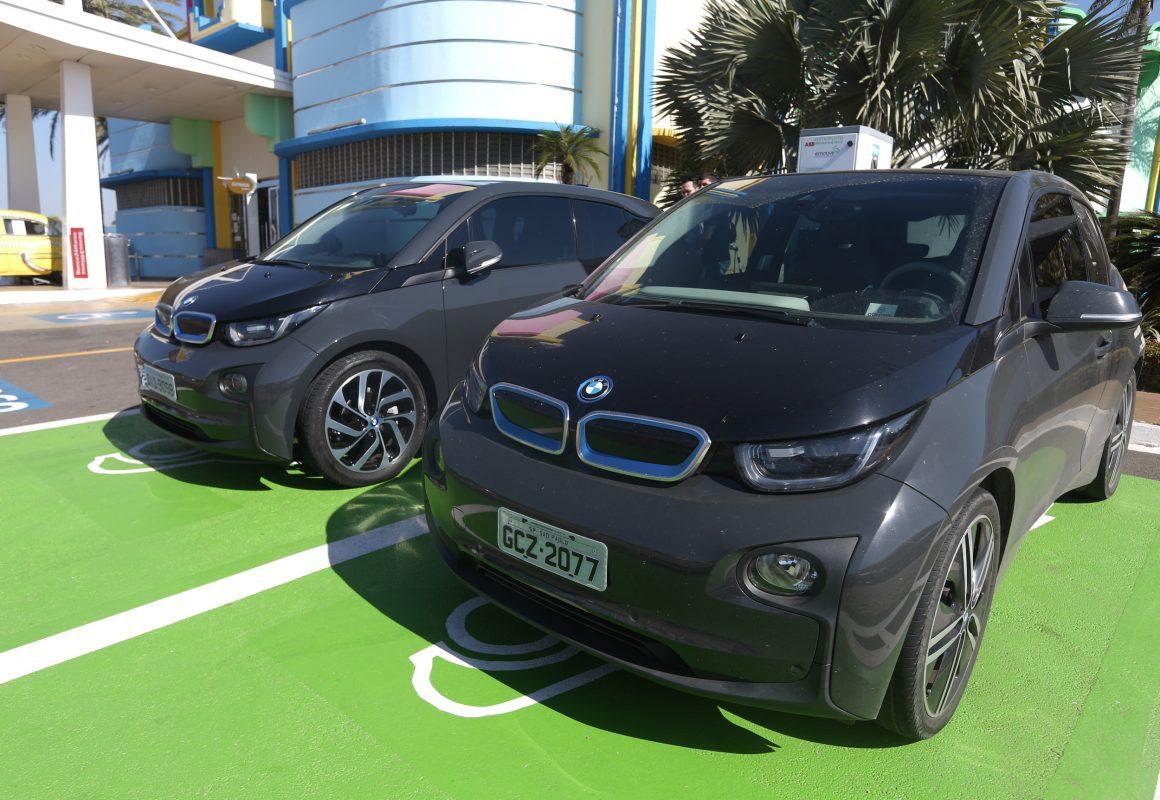 Recarga de veículos elétricos foi regulamentada