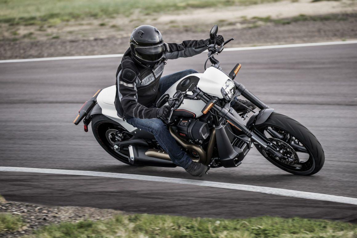 Nova Harley Davidson Fxdr 114 Tem Espirito Esportivo Da V Rod