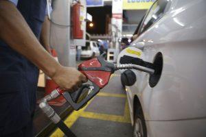 Como a octanagem do combustível afeta o desempenho do carro?