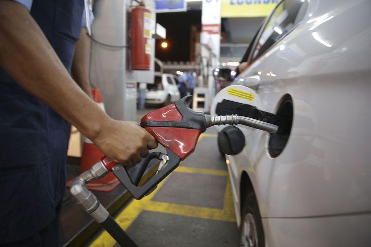 Como a octanagem do combustível afeta o desempenho do carro?abastecer