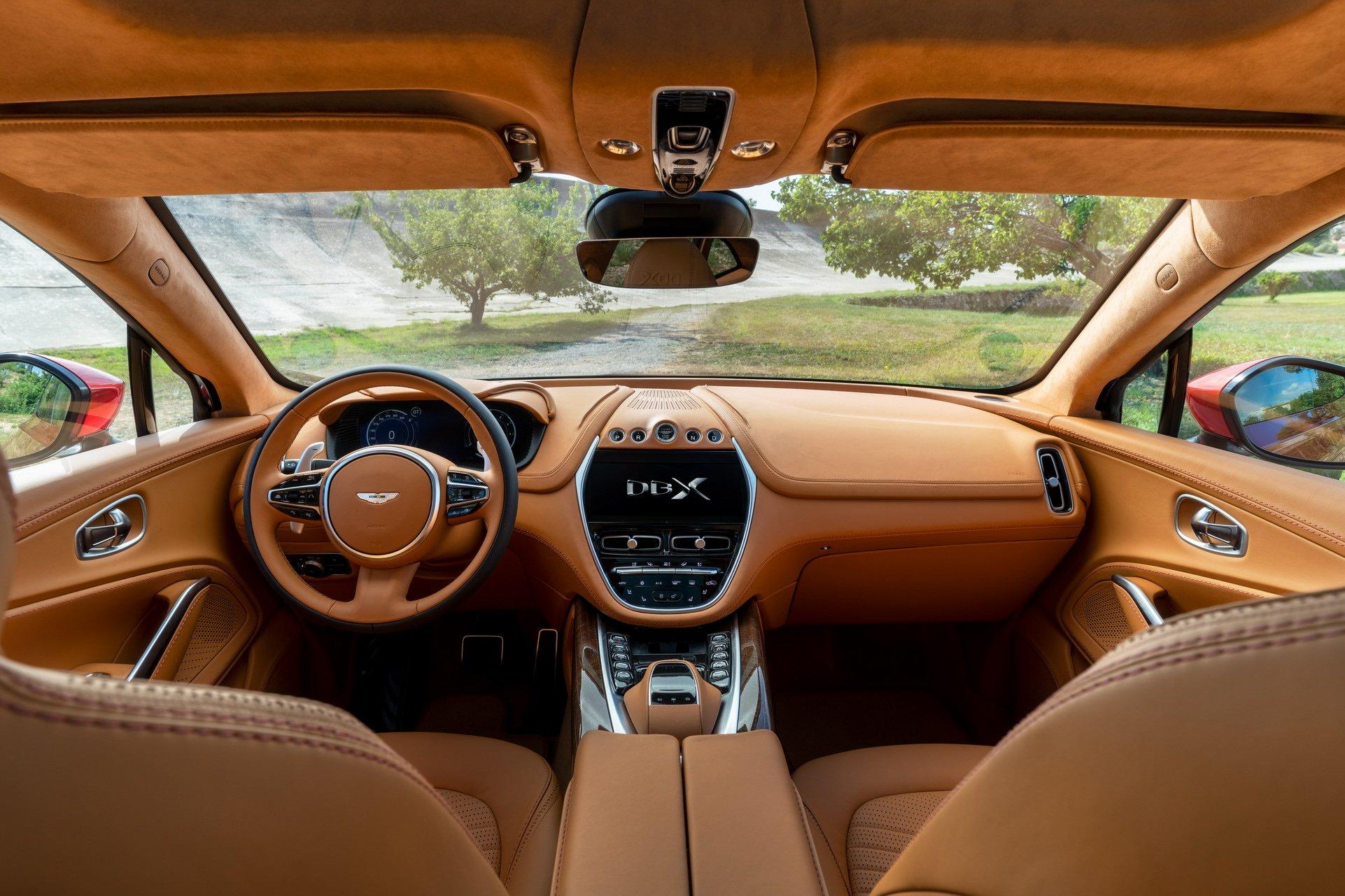 Com 549 Cv Dbx E O Primeiro Suv Da Aston Martin