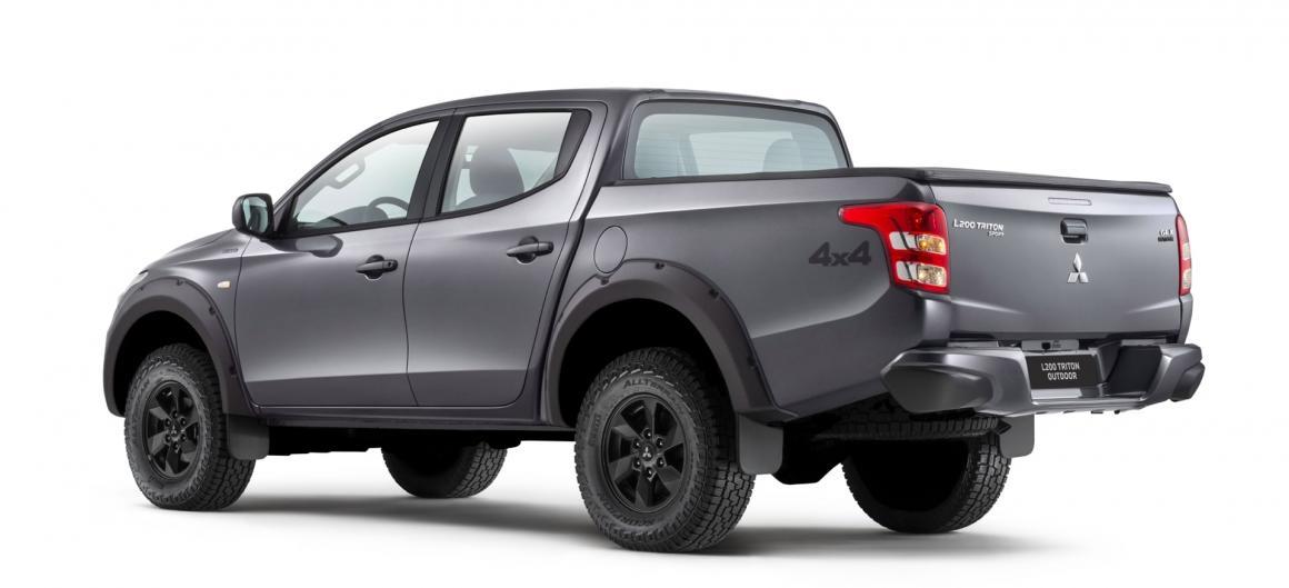 Mitsubishi L200 Triton Sport GLX 7