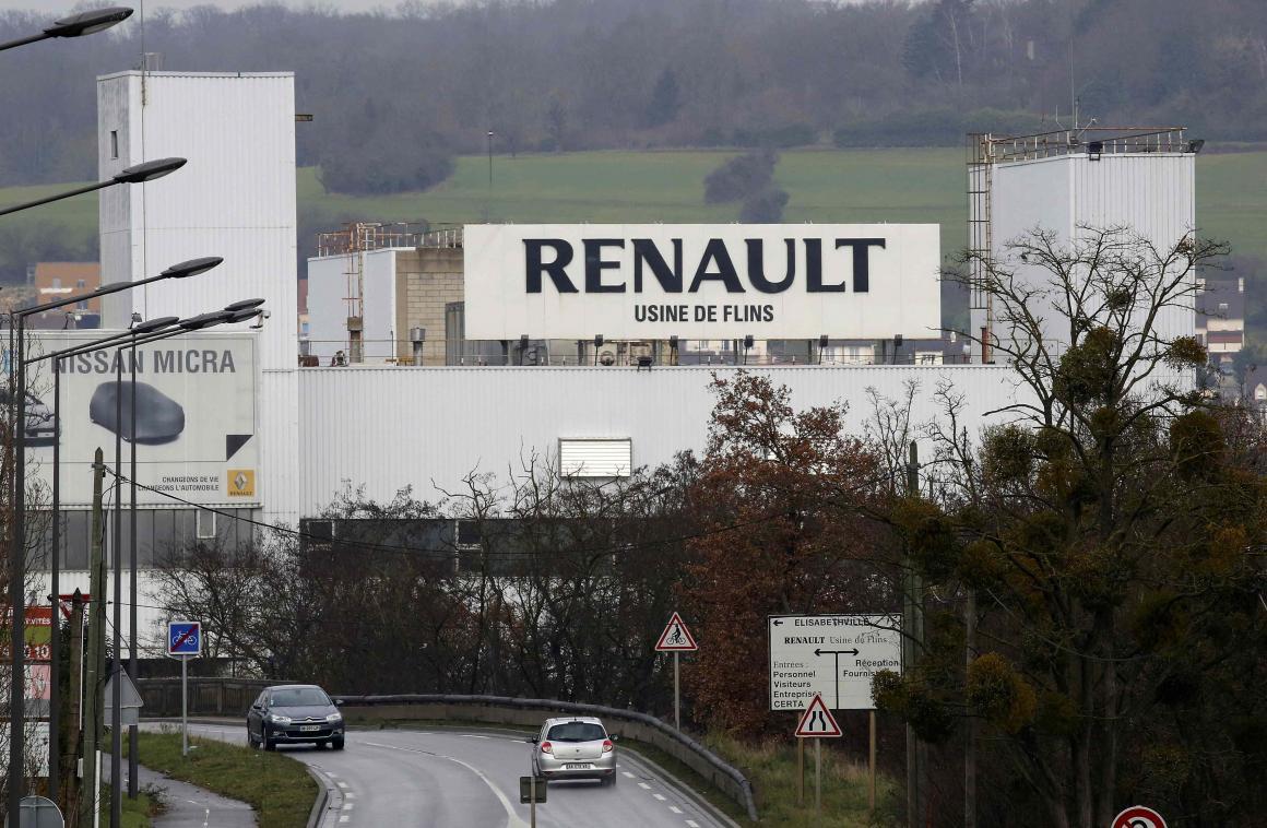 fábrica da Renault na frança