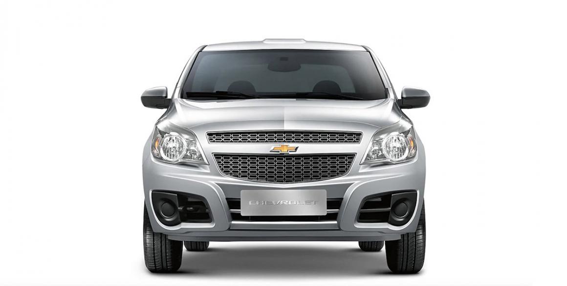 Chevrolet Montana frontal