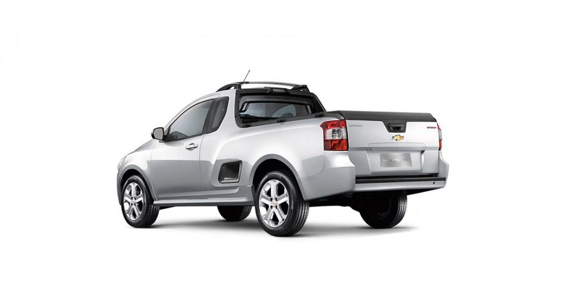 Chevrolet Montana tras