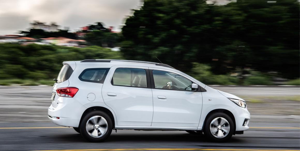 Chevrolet-Spin-lado