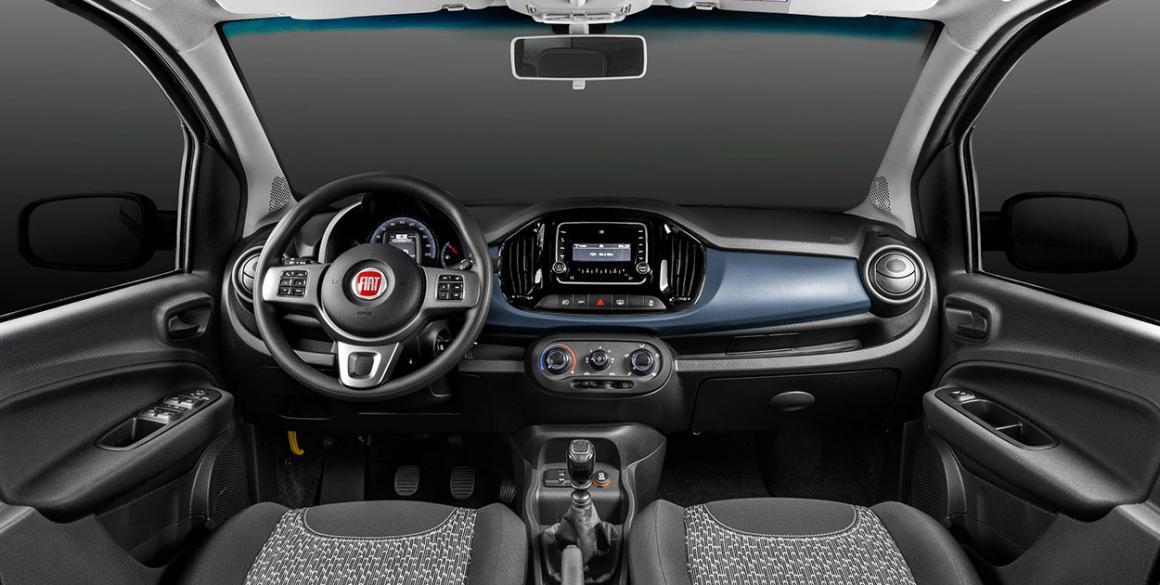 Fiat-Uno-interior