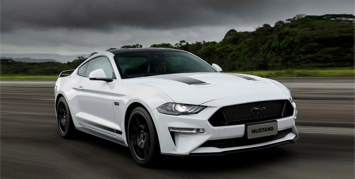 Ford-Mustang-frente