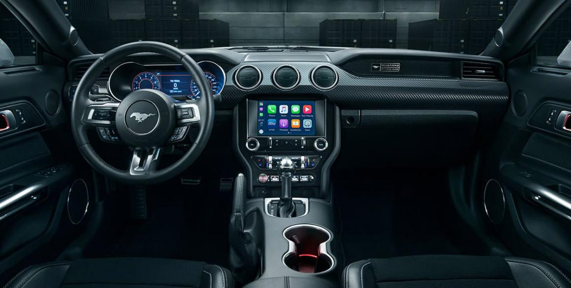 Ford-Mustang-painel
