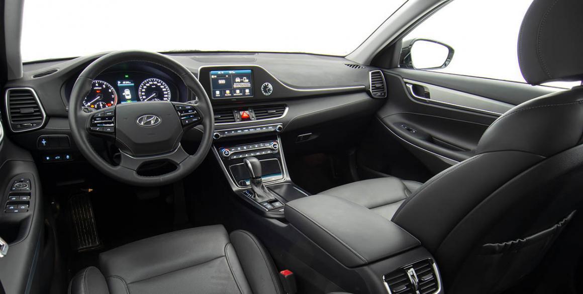 Hyundai-Azera-painel