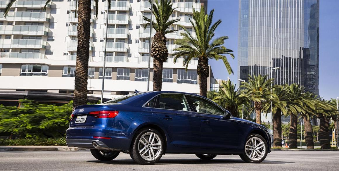 Audi-A4-lado