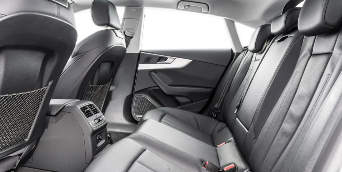 Audi-A5-bancos-tras