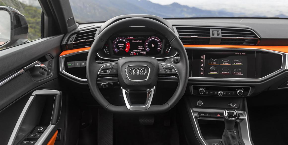 Audi-Q3-volante