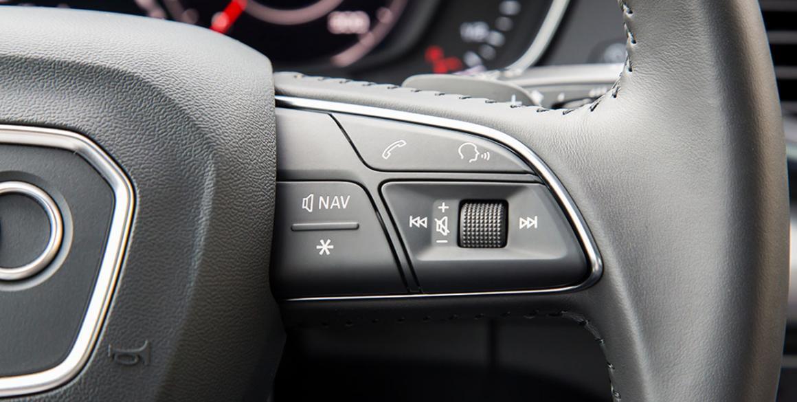 Audi-Q5-detalhe-volante