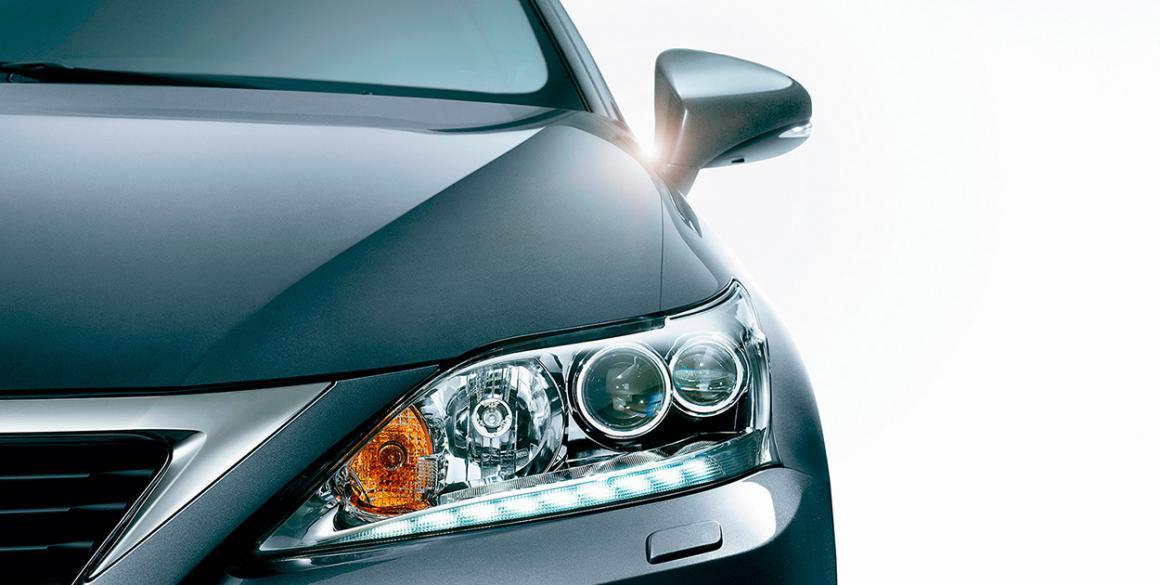 Lexus-CT200H-detalhe