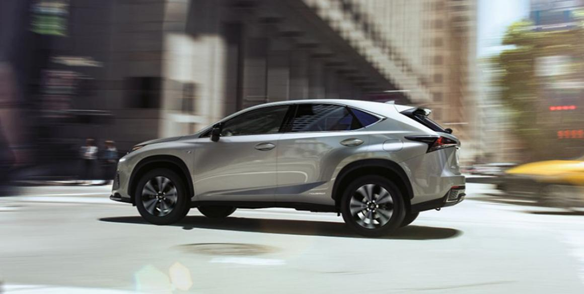 Lexus-NX300-h-lado