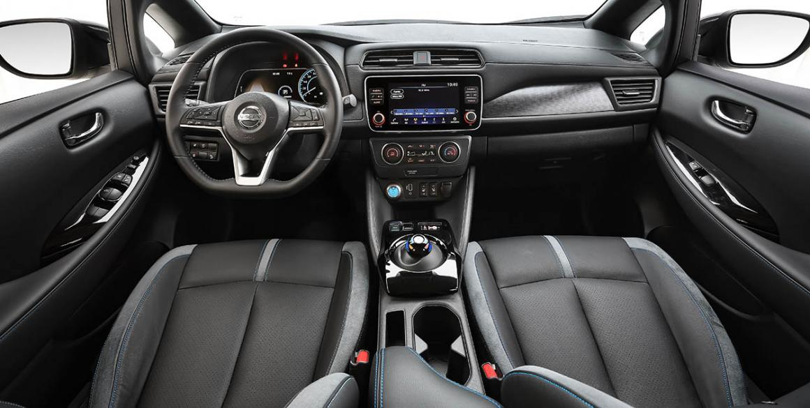 Nissan-Leaf-interior