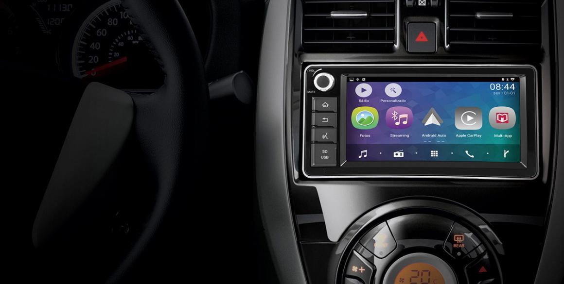 Nissan-Versa-multim