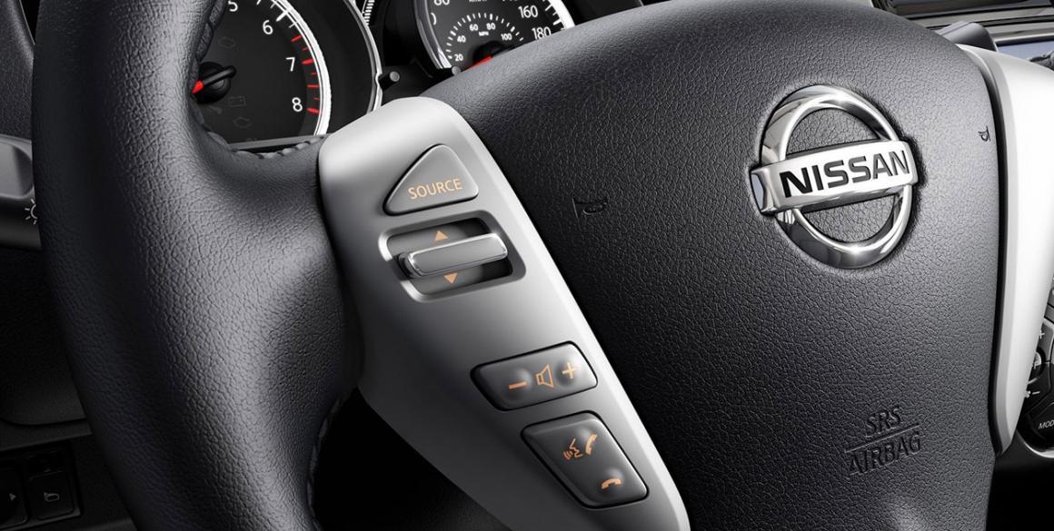 Nissan-Versa-volante