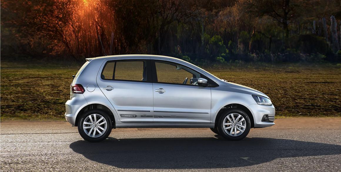 Volkswagen Fox-Connect-lado
