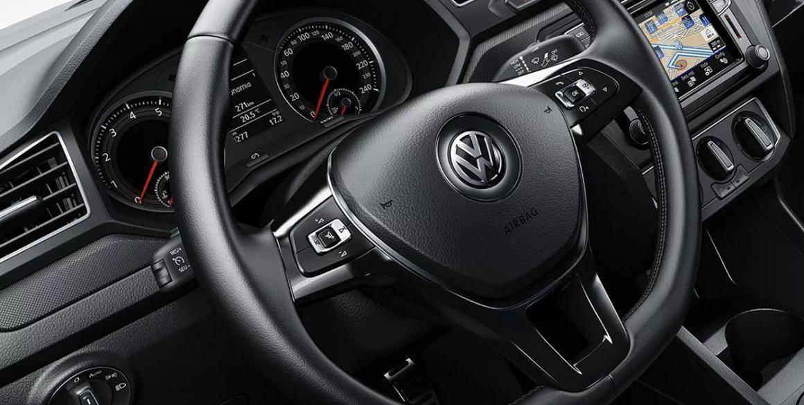 Volkswagen-Saveiro-Robust-painel