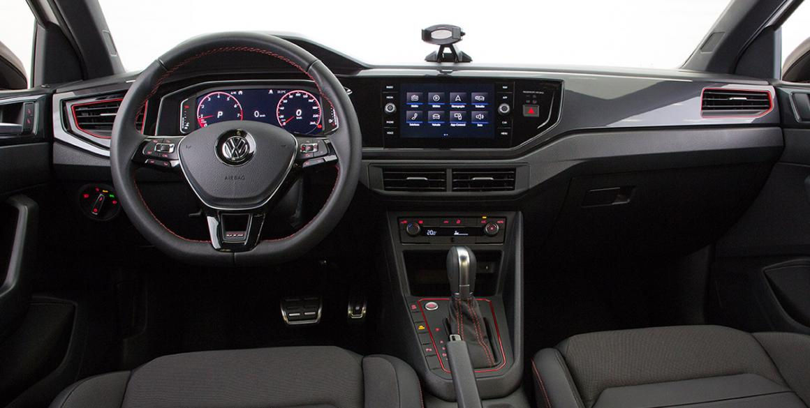 Volkswagen-Virtus-GTS-interior-