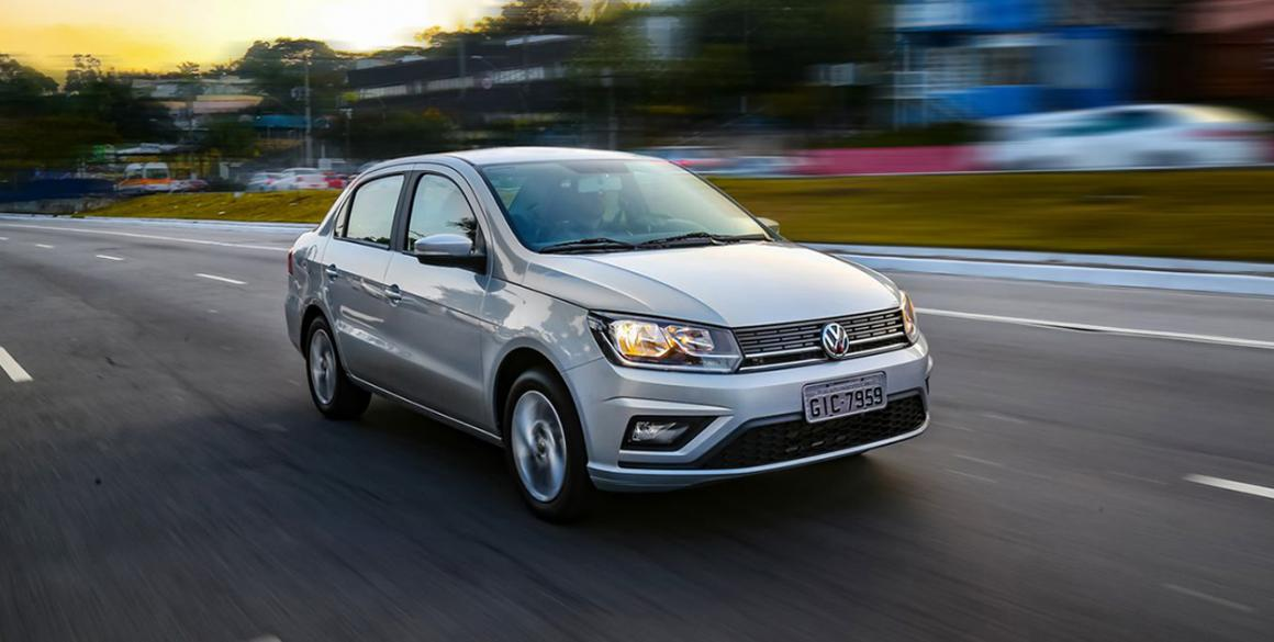 Volkswagen-Voyage-ext
